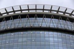 Glass fönster av affärsbyggnad Royaltyfria Foton
