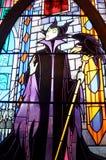 Glass fönster för fläck i den disney slotten Arkivbild