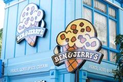 Glass för Ben & Jerry ` s shoppar i filmvärlds` s Gold Coast arkivbild