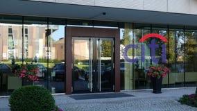 Glass fasad av en modern kontorsbyggnad med den Citigroup logoen Redaktörs- tolkning 3D Royaltyfria Foton