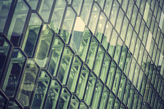 Glass fasad med reflexioner Royaltyfria Foton