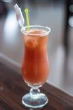 glass fruktsaftpomegranate fotografering för bildbyråer