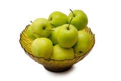 glass grön vase för äpplen Arkivfoton
