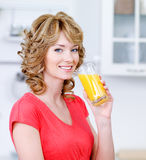 glass juice smiling woman Στοκ Φωτογραφία