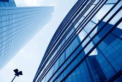 glass kontorsvägg för byggnad Arkivfoto