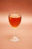 glass liqueur för bieg över Arkivbilder