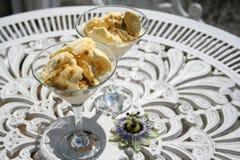 Glass med passion-frukt Royaltyfri Foto