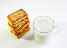 A glass of milk and cookies Royalty Free Stock Photos