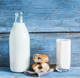 Glass of milk Royalty Free Stock Photos