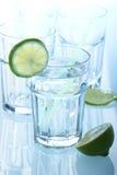 glass mineralvatten fotografering för bildbyråer