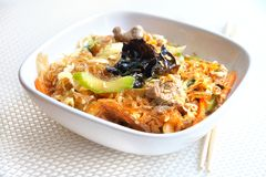 Glass noodles with beef, vegetables and eggs Stock Photos