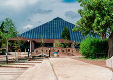 Glass pyramidSabanci kongress och utställningmitt Fotografering för Bildbyråer