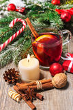 Glass of red mulled wine Royalty Free Stock Photography