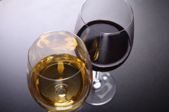 Glass of red and white wine Royalty Free Stock Images