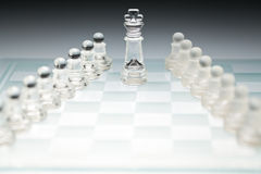Glass schackbräde arkivfoton