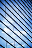 glass skyskrapafönster Arkivbild