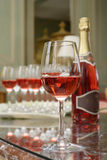 Glass of sparkling wine Royalty Free Stock Images