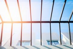 Glass tak för tak, ecobyggnad Arkivfoto