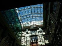 Glass tak för Zinger hus Royaltyfria Bilder