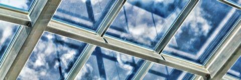 Glass tak med fönstret Royaltyfria Foton