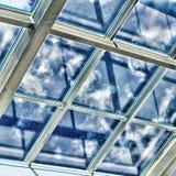 Glass tak med fönstret Arkivfoto
