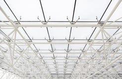 Glass tak med vita strålar Arkivbild
