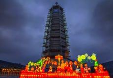 Glass torn för stor Buddhatempel Fotografering för Bildbyråer
