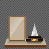 glass triangelpyramid för vektor som 3d är ptrophy med grunden och den tomma ramen för främre sikt för copyspace på vit bakgrund Stock Illustrationer