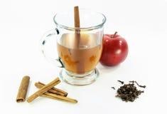 glass varm over white för äppelcider 02 Arkivfoto