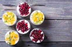 glass yoghurt fotografering för bildbyråer