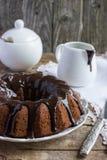 Glassa decorata del cioccolato del dolce di cioccolato Immagine Stock