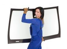 Glasser mit der Windschutzscheibe und weißen Hintergrund des Windfanges oder Lizenzfreie Stockfotografie