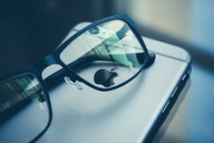 Glasses on iphone