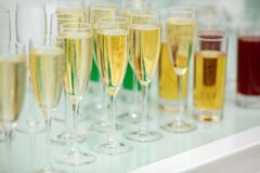 Glasses of vine and champagne Royalty Free Stock Photos