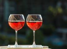 2 glasseses розового вина Стоковая Фотография RF