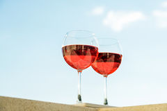 2 glasseses розового вина Стоковое фото RF