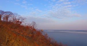 Glasstrand van Vladivostok met mooi gekleurd glas stock footage
