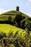 Glastonbury-Felsen auf dem Hügel Stockfoto