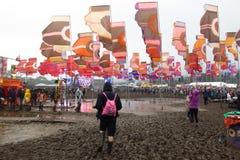 Glastonbury Festival Seen des Schlammes lizenzfreies stockbild