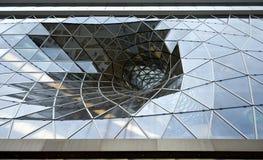 Glaswand des Einkaufszentrums Zeil Galerie in Frankfurt/in der Mikrobe Lizenzfreies Stockbild
