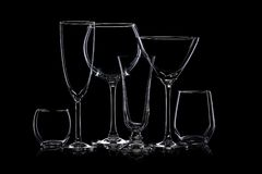 Glaswarenschattenbilder auf Schwarzem lizenzfreie stockbilder