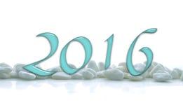 2016, Glaszahlen auf weißen Steinen Lizenzfreies Stockfoto