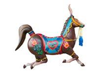 Glat går runda- eller karusellhästen som isoleras på vit Arkivfoto