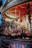 Glat går rundan, den södra banken London England för jubileumträdgårdar - Royaltyfri Foto