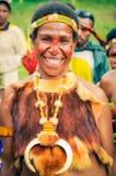 Glat leende av kvinnan i Papua Nya Guinea Royaltyfri Foto