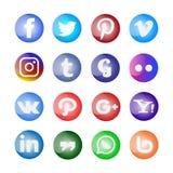 Glattes Social Media Ikone und Knöpfe eingestellt stock abbildung