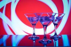 Glazen met cocktail in een nachtclub Royalty-vrije Stock Afbeelding