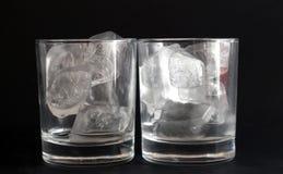 Glazen met ijs Stock Foto's