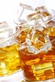 Glazen met koude whisky Stock Fotografie