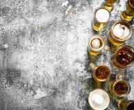 Glazen met vers bier Stock Foto